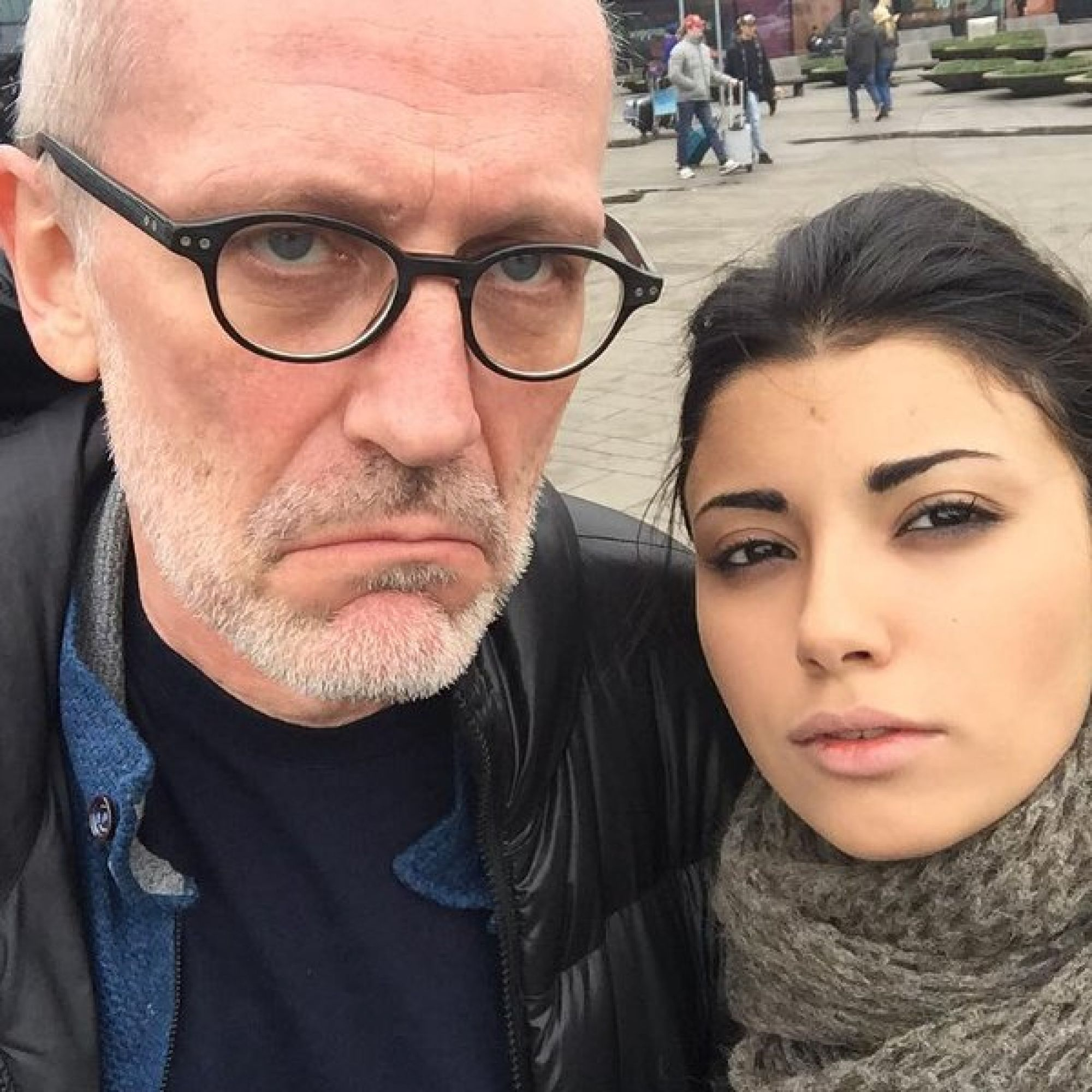 Александр Гордон официально оформил развод с Нозанин Абдулвасиевой