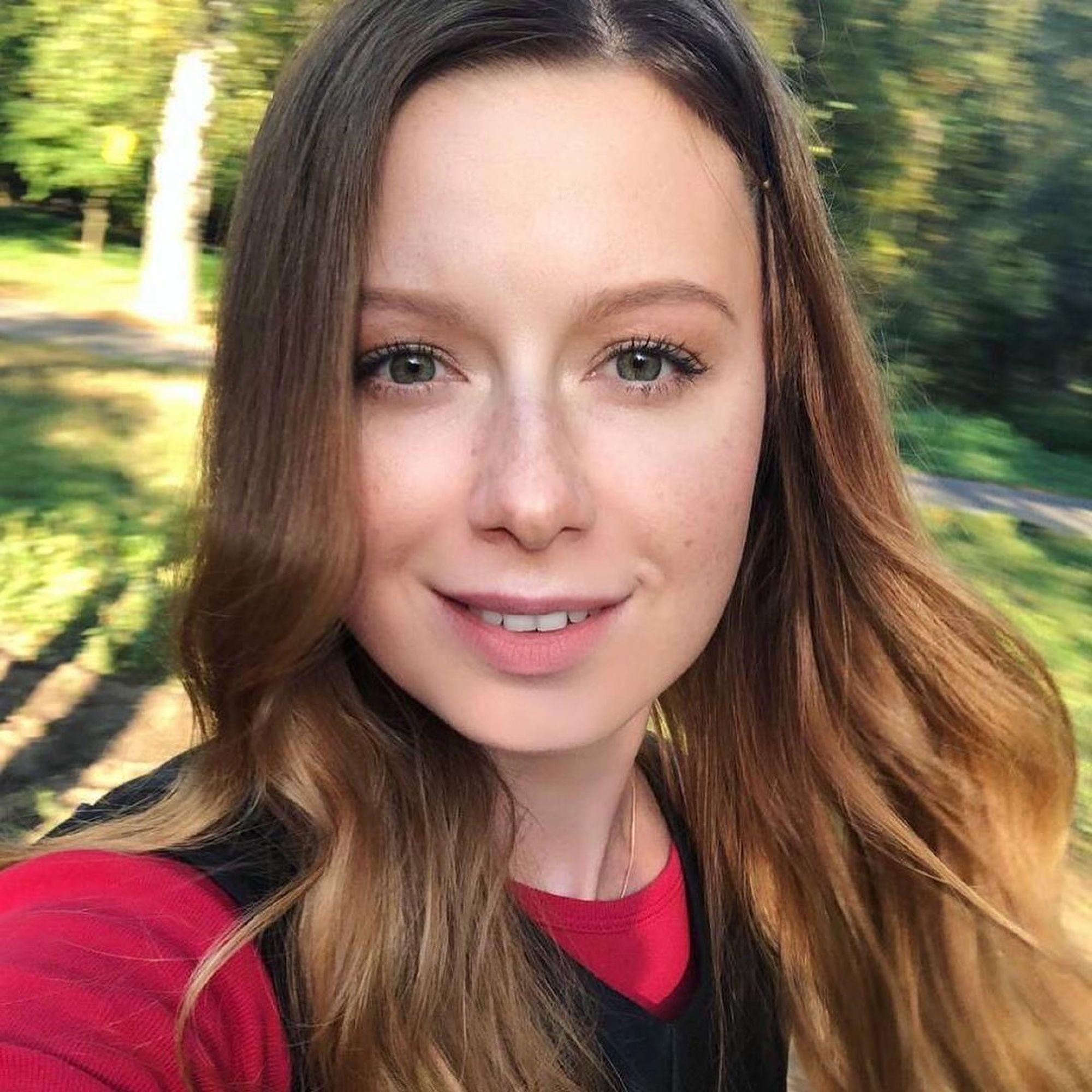 Оставила в 4 месяца: Юлия Савичева объяснила решение не жить с дочерью