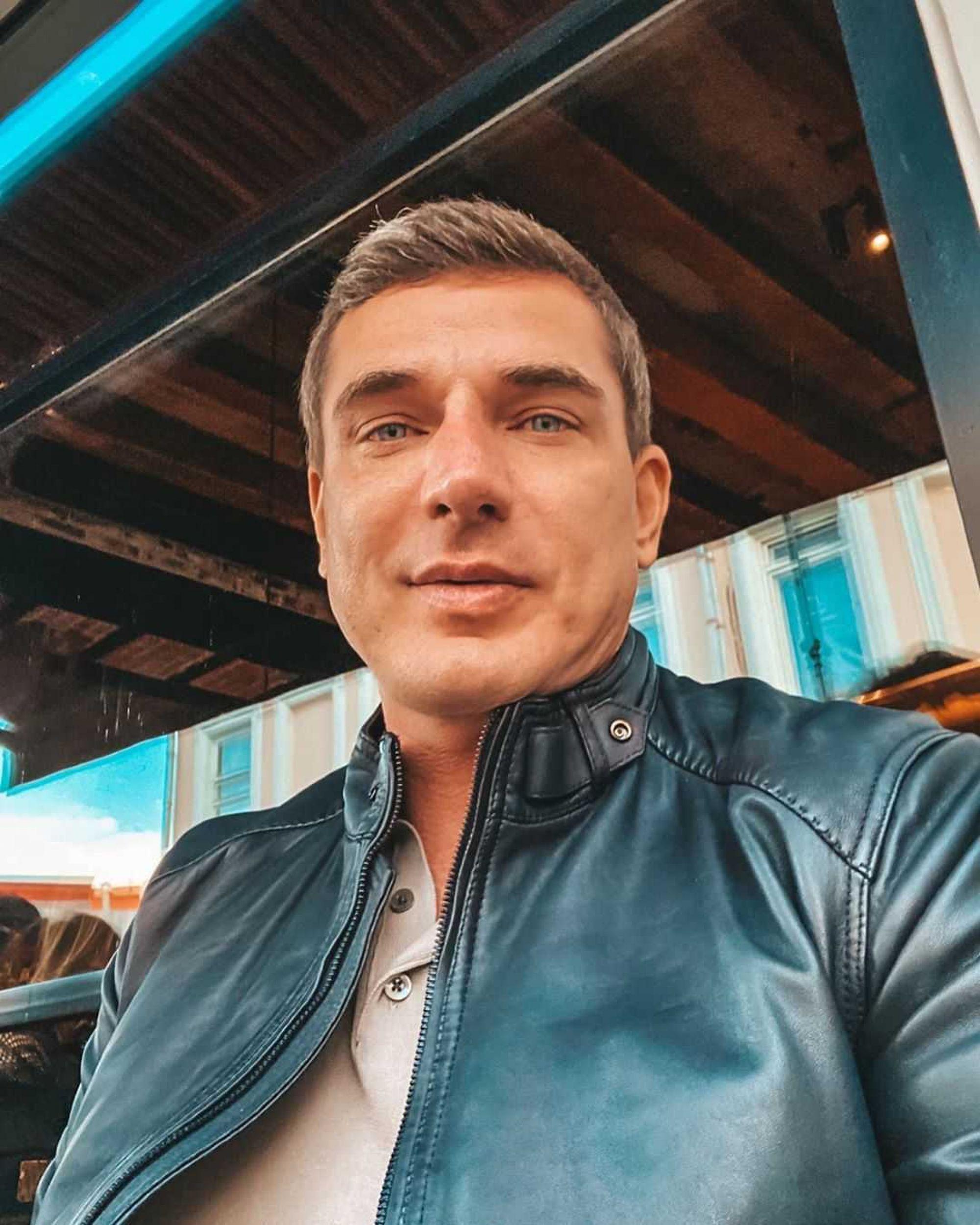 «Мне все равно ее не переплюнуть!»: Курбан Омаров прокомментировал благосостояние супруги