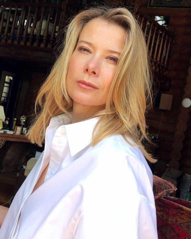 Юлия Высоцкая показала эксклюзивный подарок от Аллы Пугачёвой