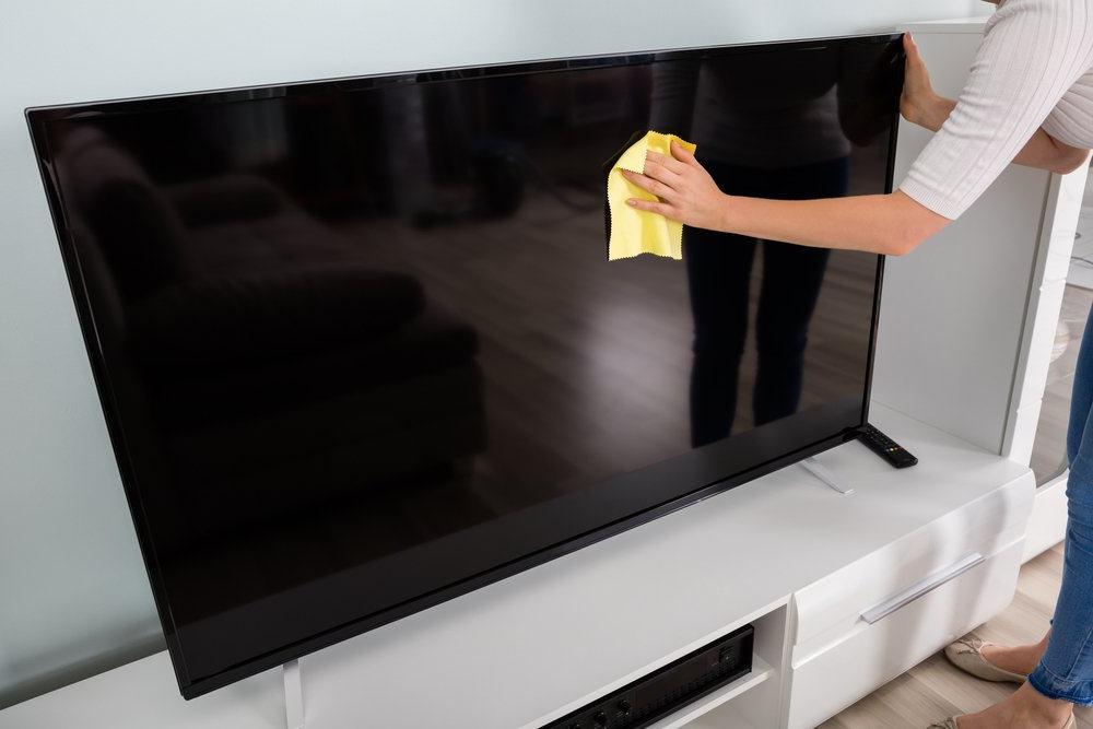 Как ухаживать за телевизором